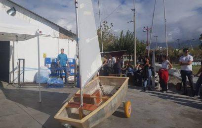 Καλαμάτα: Πλαστικά μπουκάλια νερού γίνονται ιστιοπλοϊκά σκάφη